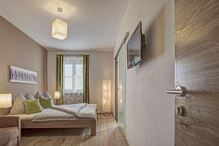 Storchennest Schlafzimmer(2).jpg